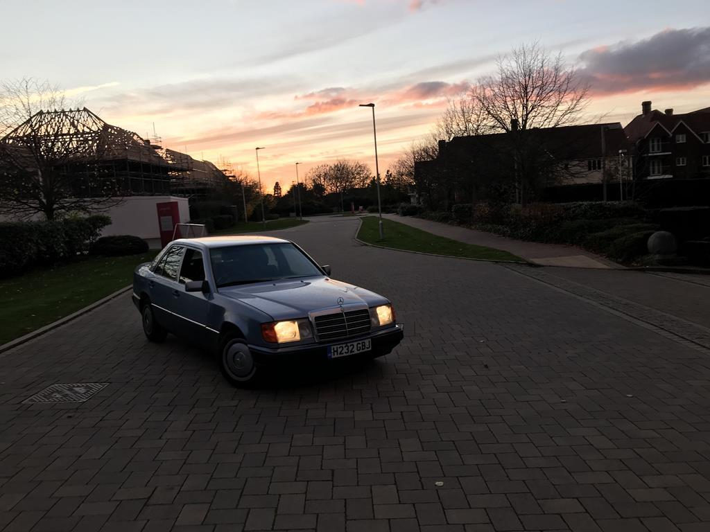 1991 Mercedes W124 250d Manual Page 1 Readers Cars Pistonheads Fuse Box So Do I Have A Plan Well Am Working On That It Has Couple Of Minor Electrical Issues Need Seeing To Like The Headlights Either Work