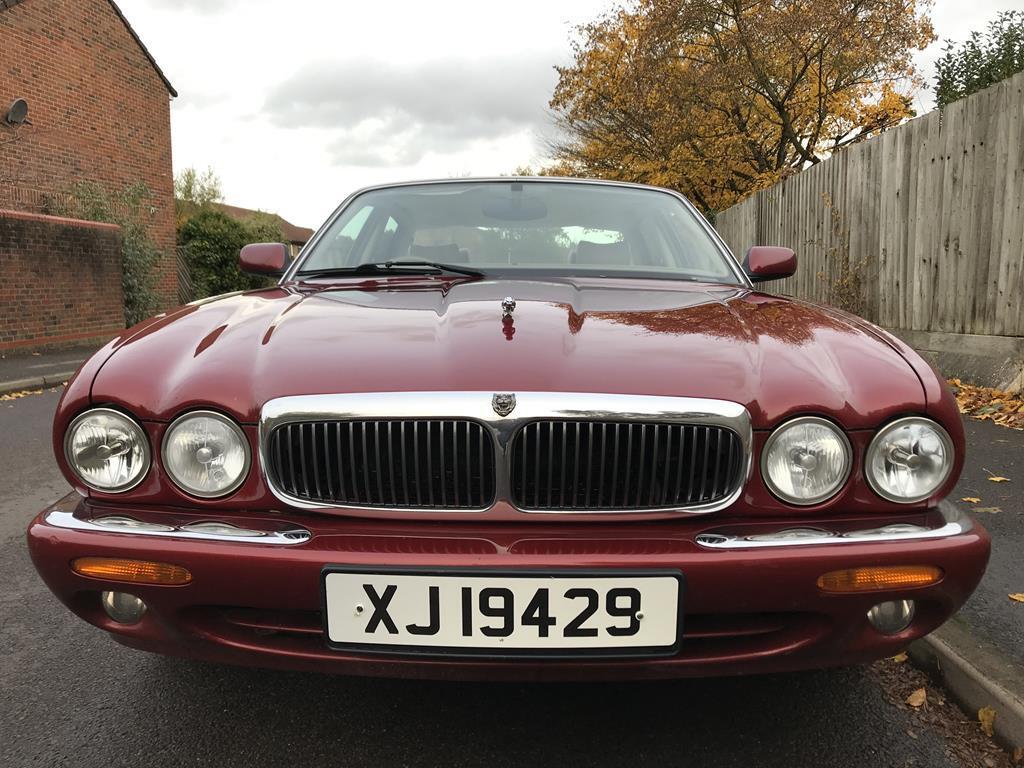 Jaguar X308 XJ8 3.2 V8 Auto - Carnival Red - RG12 - £SOLD ...